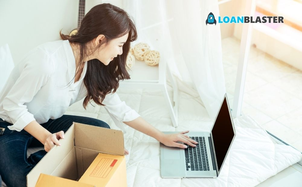 business owner working with her online marketing